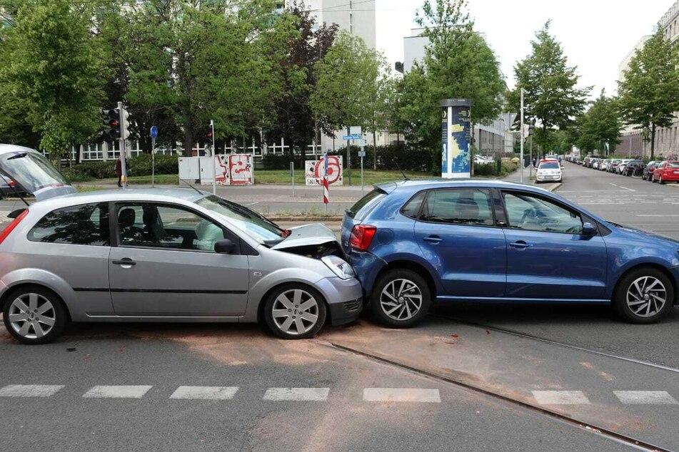Heftiger Auffahrunfall im Osten von Leipzig: Mehrere Verletzte