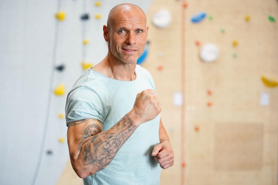 Ex-Fußballer Thorsten Legat (52) ist motiviert. Er wird unter anderem beim Klettern um Medaillen kämpfen.