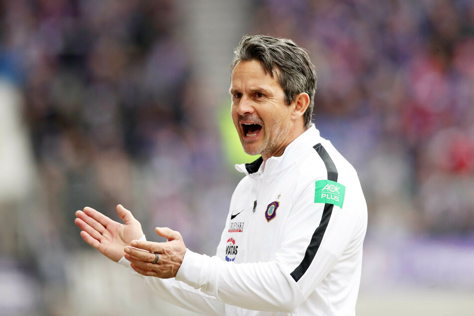 Am 27. Juli wird Aues Coach Dirk Schuster seine Jungs zum ersten Training der neuen Saison bitten.
