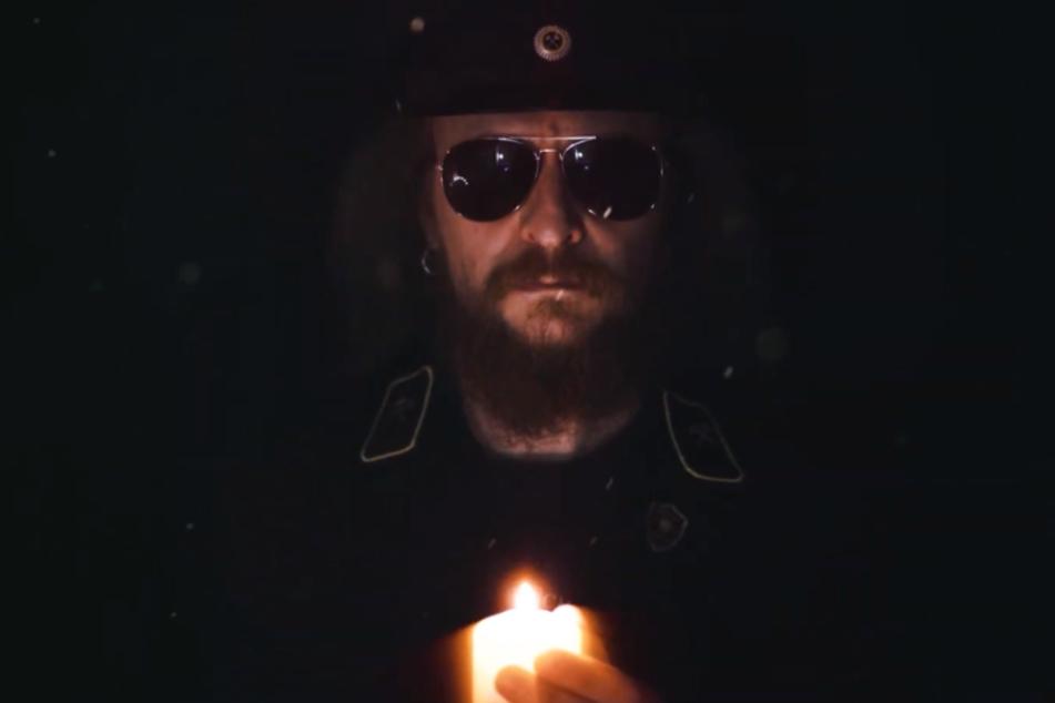 """Erzgebirgs-Rocker André Groß stimmt als """"Der Hauer"""" im Corona-bedingten Clip """"Das Licht"""" nachdenkliche Töne an."""