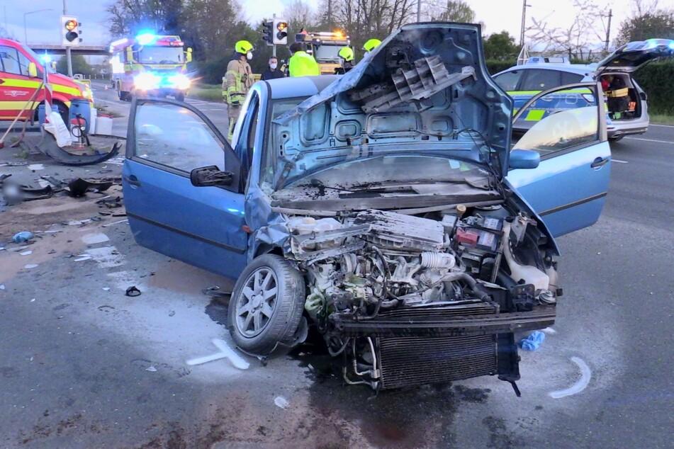 Fünf Menschen nach Frontal-Crash in Ratingen verletzt