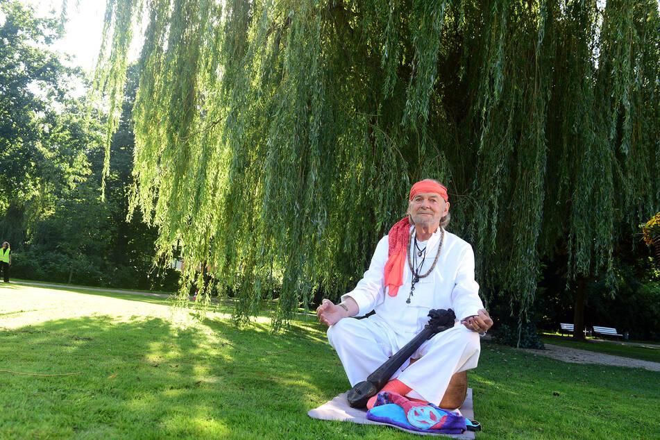 Rote Rosen: Hannes Lüder meditiert nicht nur gern, sondern war in seiner Jugend ein echter Rockstar.