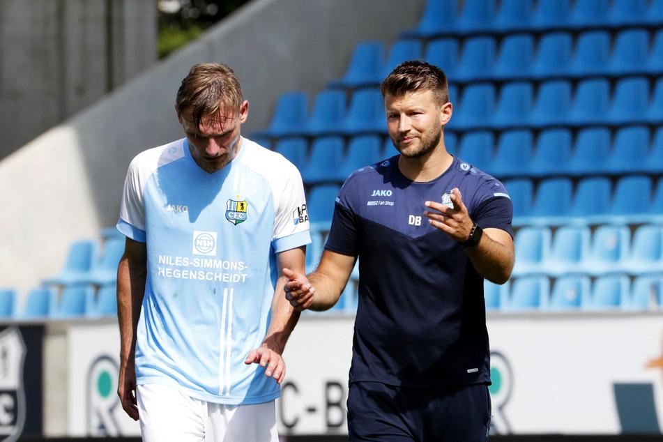 CFC-Trainer Daniel Berlinski (35, r.) und sein Routinier Robert Zickert (31) brachten aus Berlin immerhin einen Punkt mit.