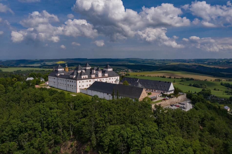 """Schloss Augustusburg, die """"Krone des Erzgebirges"""", scheut für das Jubiläum weder Kosten noch Mühen."""