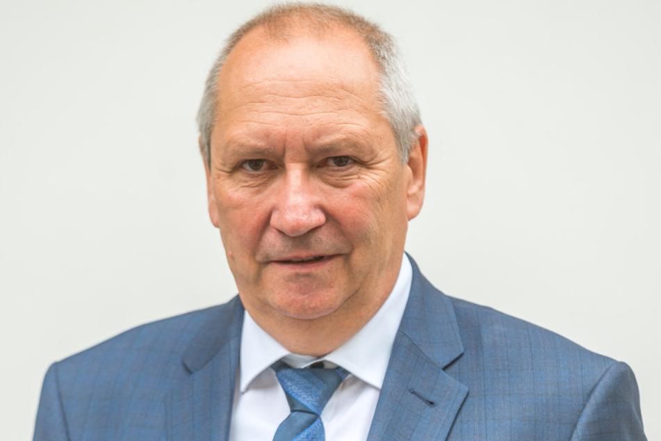 Jörg Brückner (61).