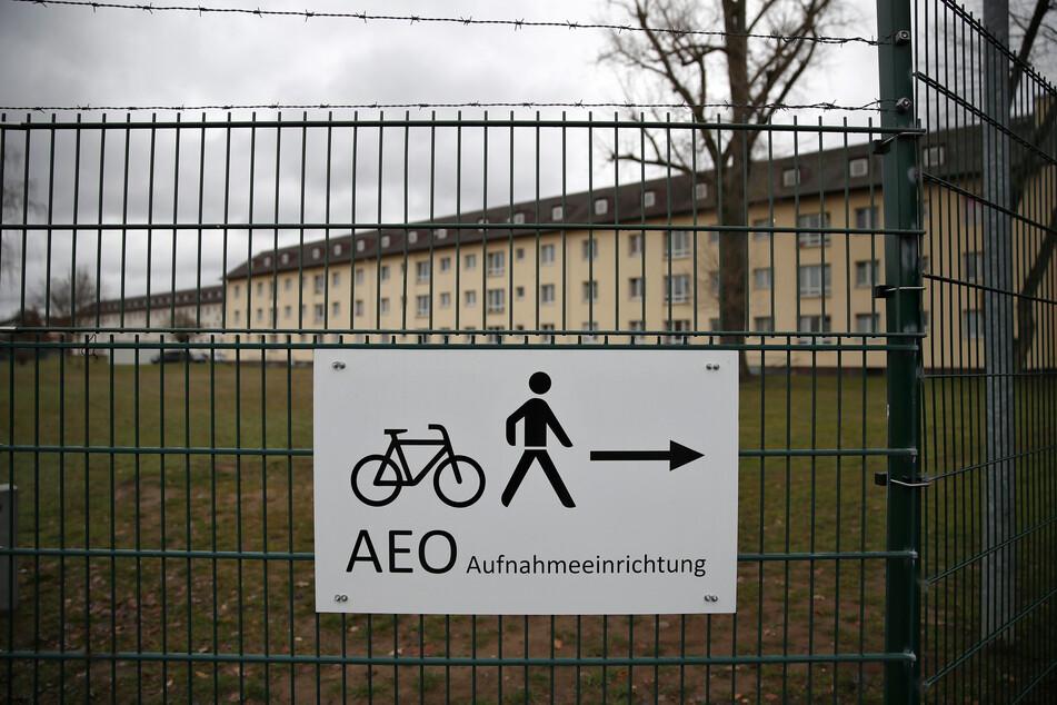 Besonders schlimm ist die Lage in Oberfranken: Nach einem Corona-Ausbruch in der Bamberger Unterkunft hagelt es Kritik.