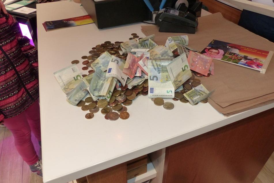 Rund 600 Euro kamen insgesamt zusammen.