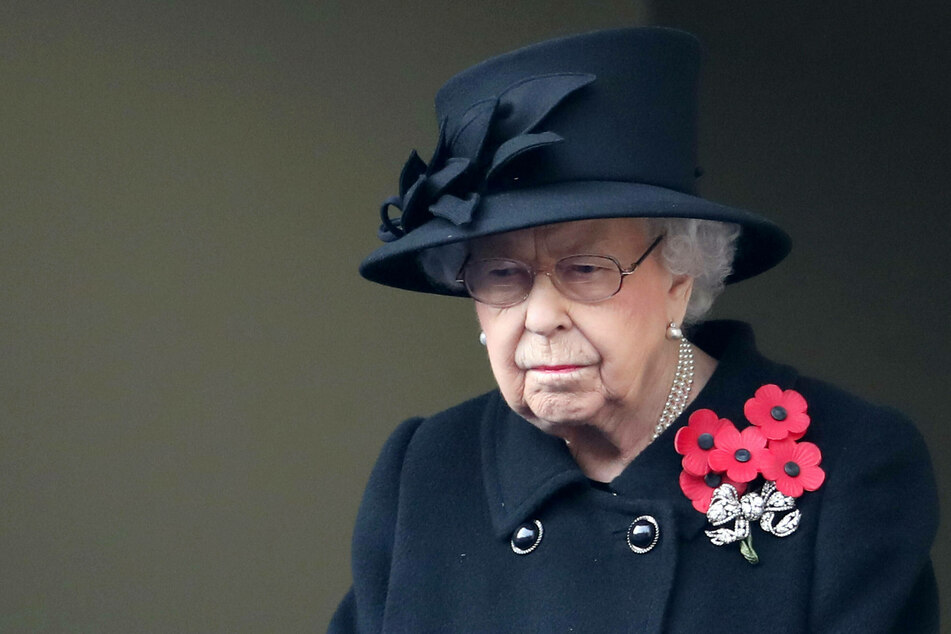 Queen Elisabeth II at the 2020 Remembrance Sunday Service at The Cenotaph in London.