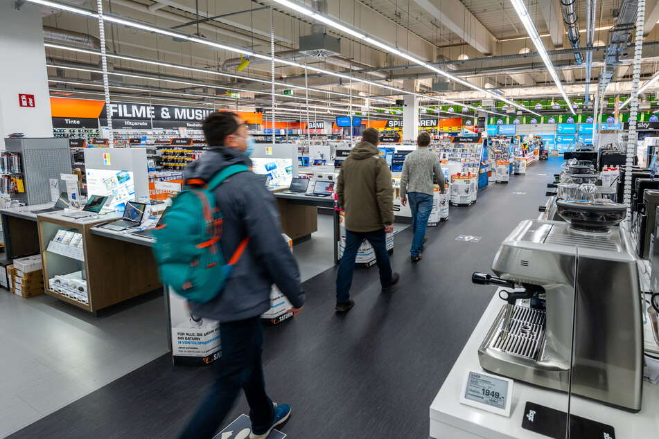 Nur eine begrenzte Anzahl von Kunden darf in die Läden kommen.