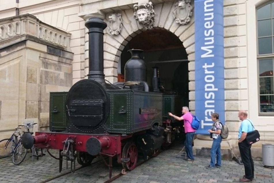 Hier kommt Deutschlands älteste erhaltene Dampflok an die frische Luft