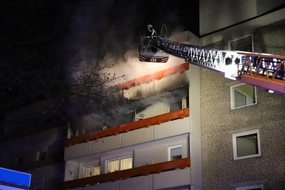 Die Wohnung im vierten Stock war bei dem Feuer vollständig ausgebrannt und vorerst unbewohnbar.