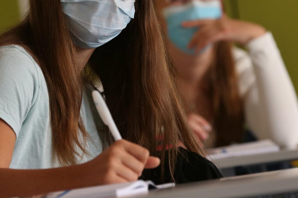 Ab Dezember! Thüringen schränkt Betrieb von Schulen und Kitas ein