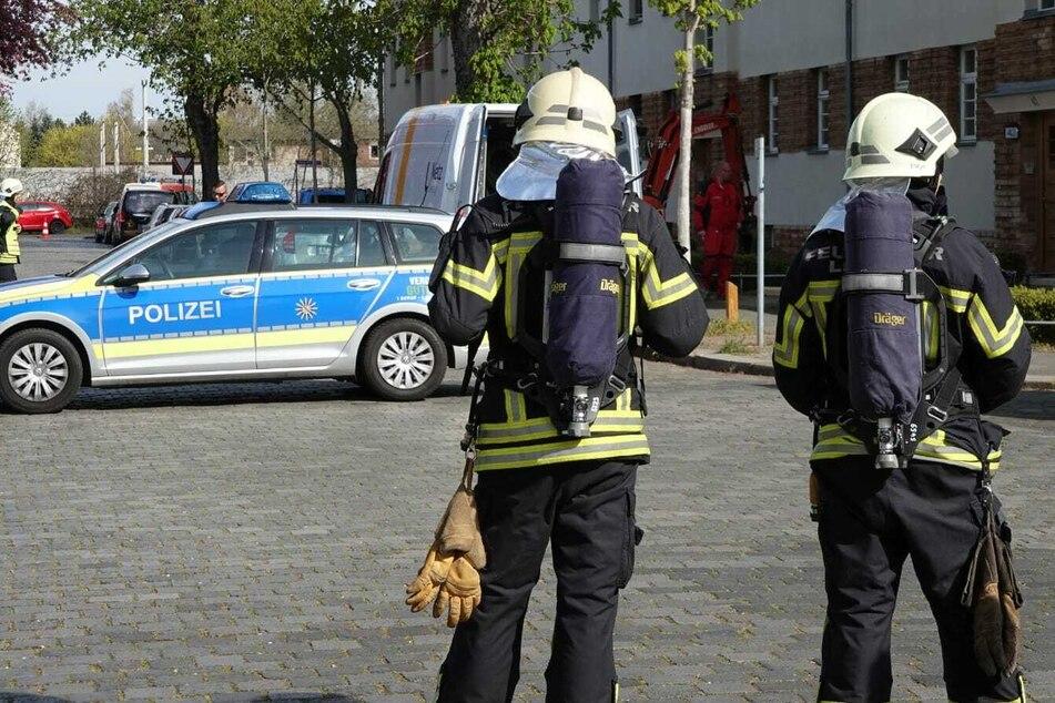 Die Heimteichstraße wurde abgesperrt, die Anwohner durch Lautsprecherdurchsagen gewarnt.