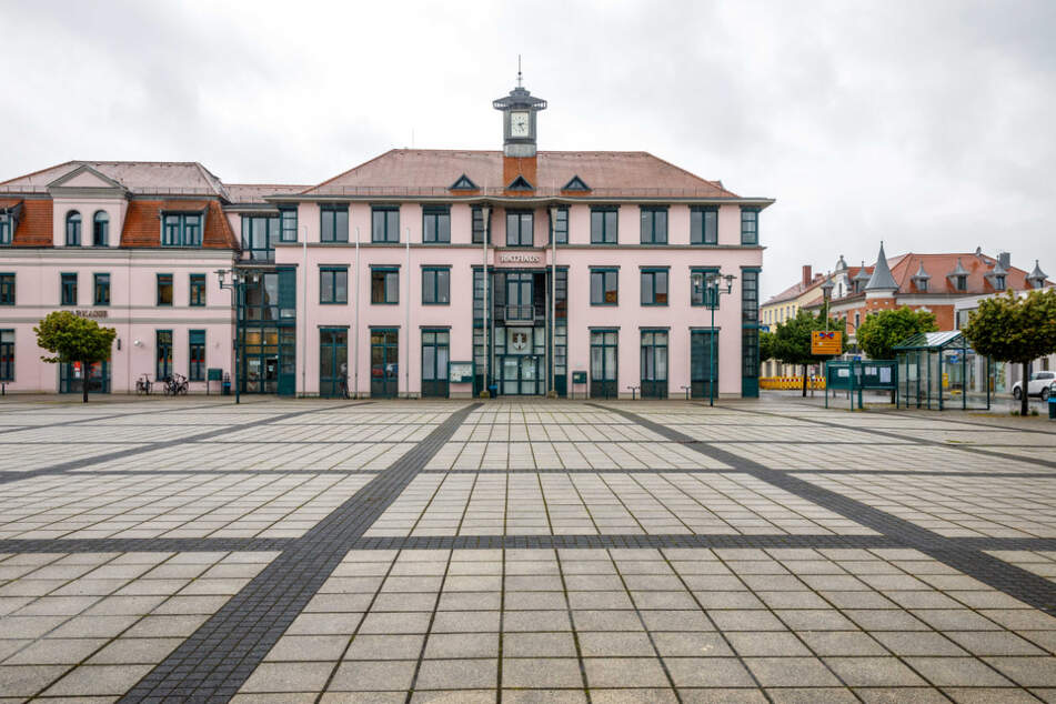 Im Naunhofer Rathaus überlegt man jetzt, ob man dem streitlustigen Ex-Politiker noch ein Bußgeld aufbrummt.