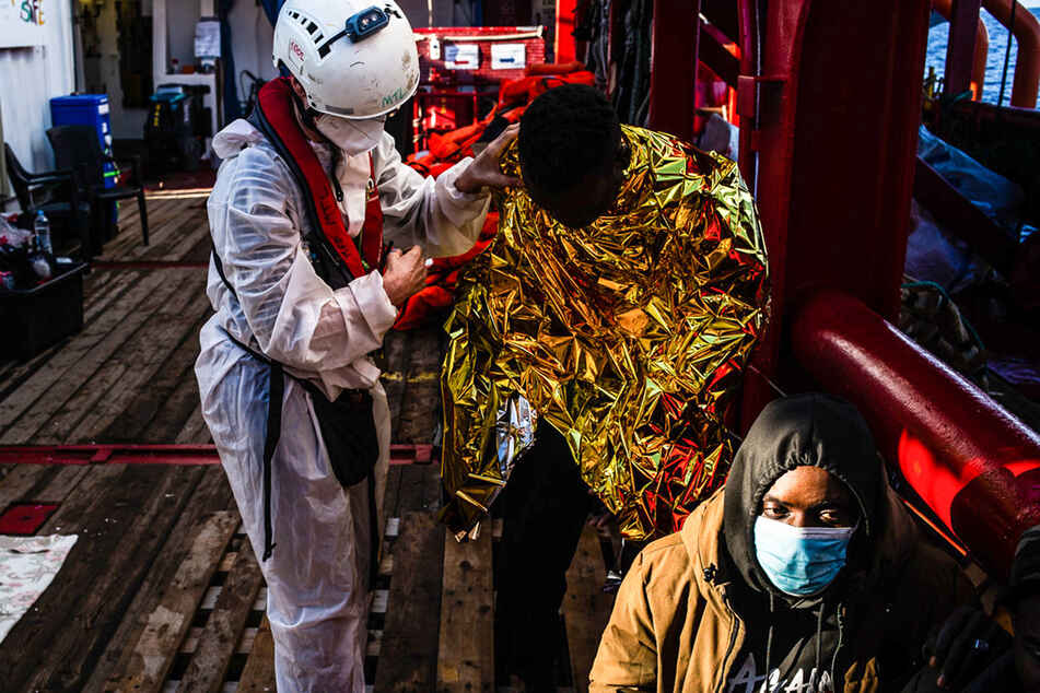 """Ocean Viking"" rettet etliche Migranten aus Seenot"