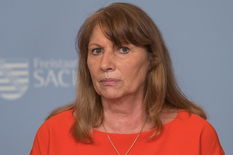 Hat keine guten Nachrichten: Sachsens Gesundheitsministerin Petra Köpping (62, SPD).