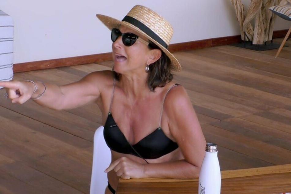 """Claudia Obert (59) ist in Rage. Frédéric Prinz von Anhalt (78) hat sie bei """"Kampf der Realitystars"""" gegen sich aufgebracht."""