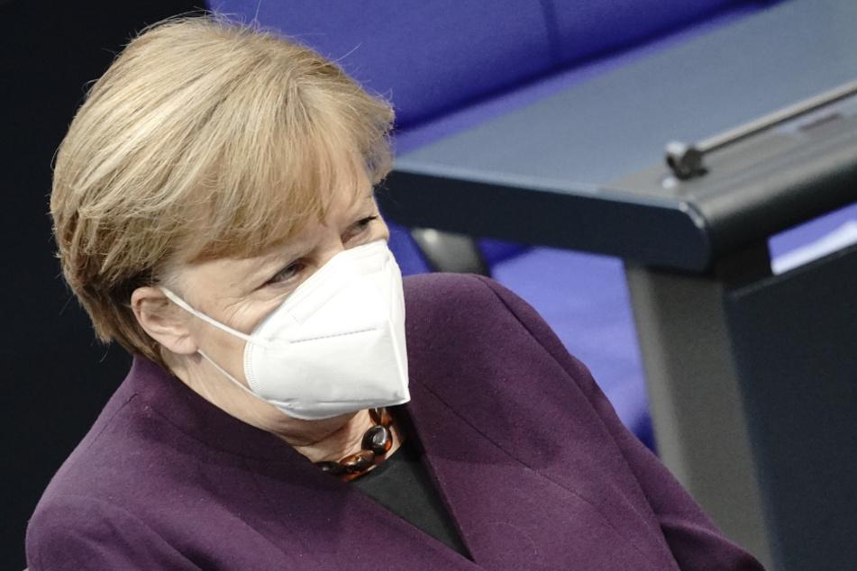 Will allen bis Sommerende ein Impfangebot machen: Kanzlerin Merkel (66, CDU) wird im Herbst nach den Wahlen allerdings auch nicht mehr da sein.