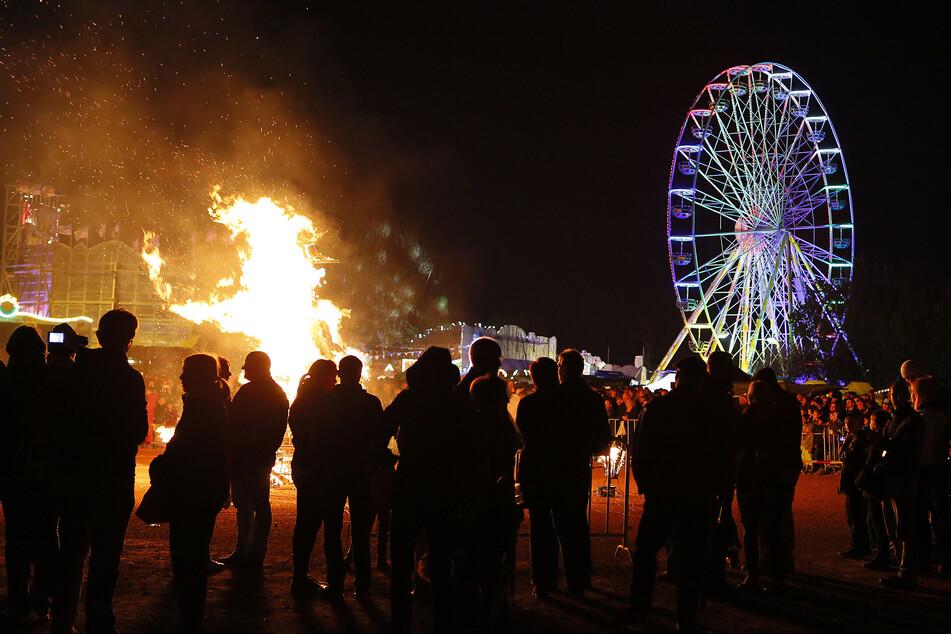 Eine Walpurgisnacht mit Feuer und Riesenrad droht in Chemnitz der Vergangenheit anzugehören (Archivbild).