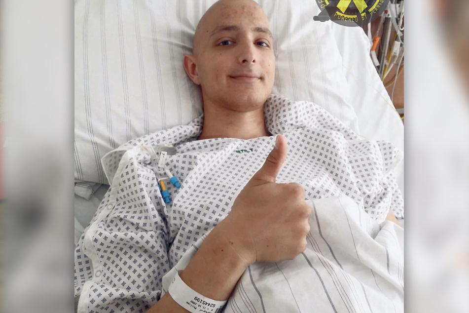 """Mit 24 erhielt Philipp die Diagnose """"Krebs mit Metastasen"""". Ein Jahr kämpfte er im Krankenhaus um sein Leben."""