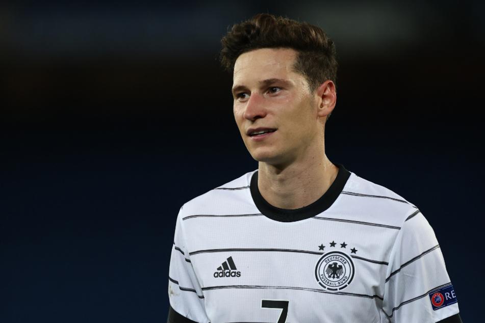 Nach dem Abgang von Kai Havertz (21) soll Bayer Leverkusen an Nationalspieler Julian Draxler (26) Interesse zeigen.