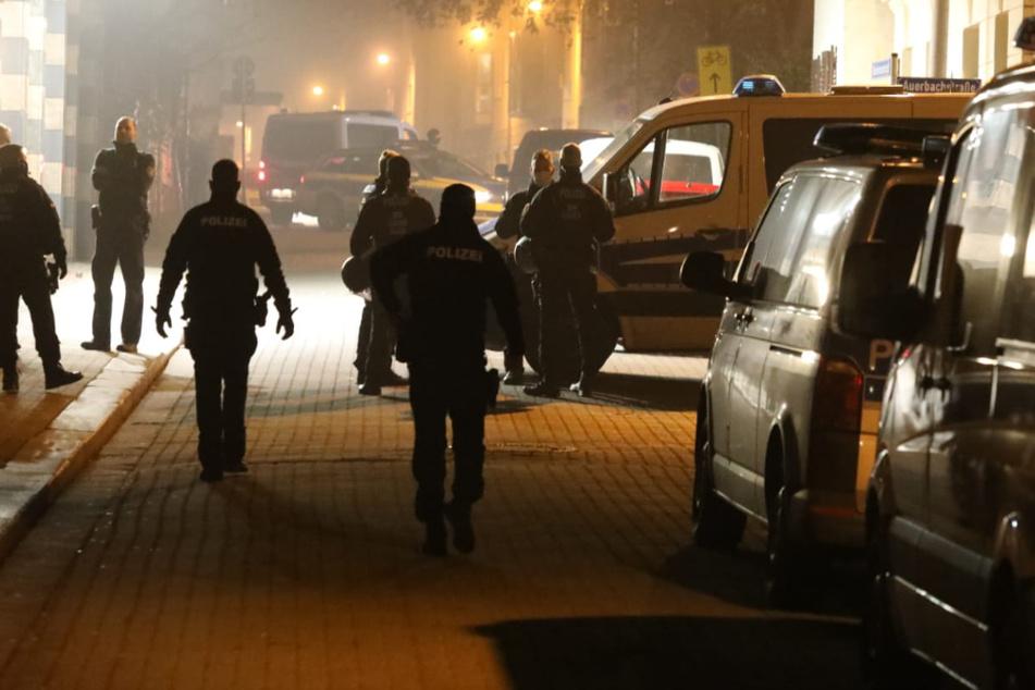 Beamte waren im Gebäude: Schon wieder Angriff auf Polizeiposten in Connewitz