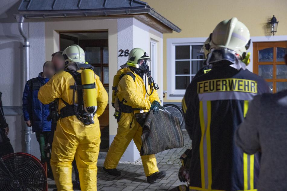 Säure in Keller ausgelaufen: Mehrfamilienhaus im Erzgebirge evakuiert