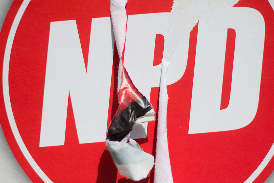 Auch ein Büro der NPD war Opfer der Attacke. (Symbolbild)