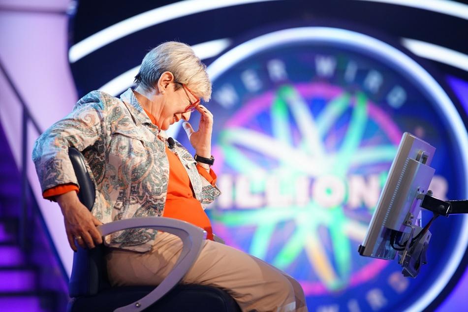 """Nachdem Kandidatin Annemarie Strubel bei """"Wer wird Millionär"""" einen holprigen Start hingelegt hatte, sicherte sie sich am Ende 16.000 Euro."""