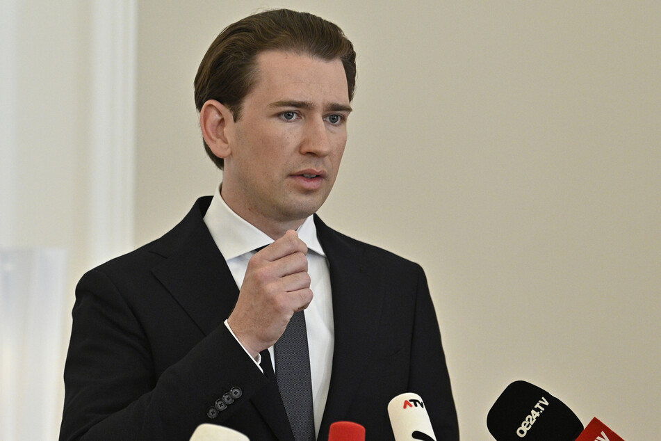 Sebastian Kurz (34), Bundeskanzler von Österreich, spricht bei einer Pressekonferenz, nachdem die Leiche der 13-Jährigen gefunden wurde.