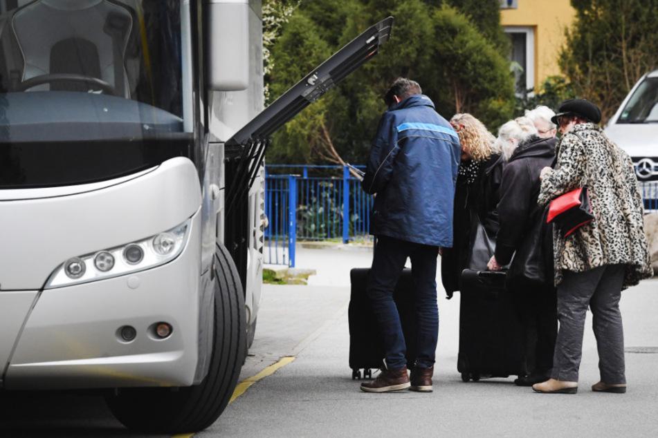 Erstmals seit März dürfen wieder Busreisegruppen nach Mecklenburg-Vorpommern. (Archivbild)