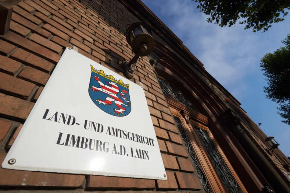Eigentlich sollte am Freitag vor dem Landgericht Limburg das Urteil fallen.