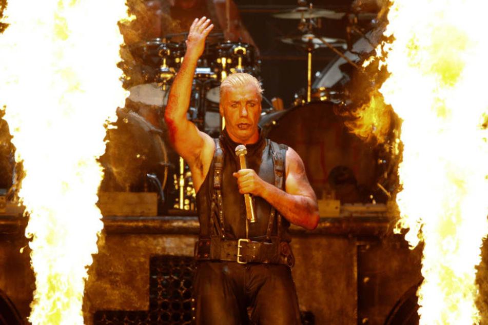 Rammstein-Frontsänger Till Lindemann beim Backen Open-Air-Festival.