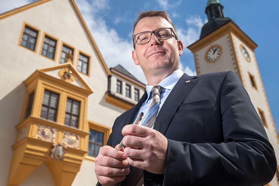 Oberbürgermeister Sven Krüger (43, SPD) hat mit Bedauern auf die neue Solarworld-Pleite reagiert.