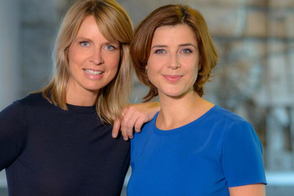 """Die Moderatorinnen Jessy Wellmer (l.) und Eva-Maria Lemke von der neuen ARD-Talkshow """"Hier spricht Berlin""""."""
