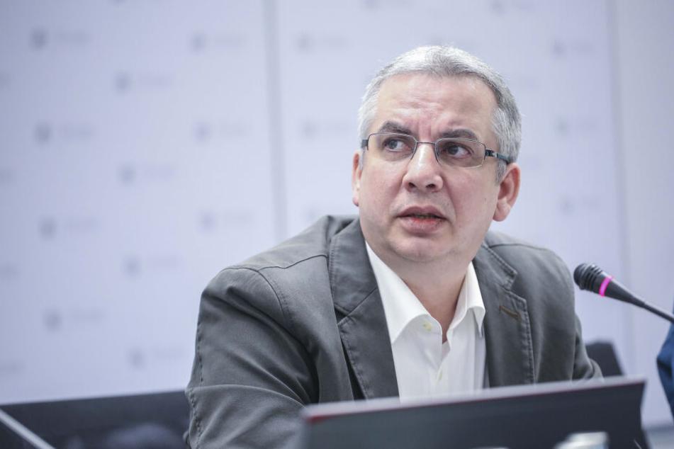 Jens Heimann (47) leitet das Gesundheitsamt, untersucht den traurigen Todesfall.