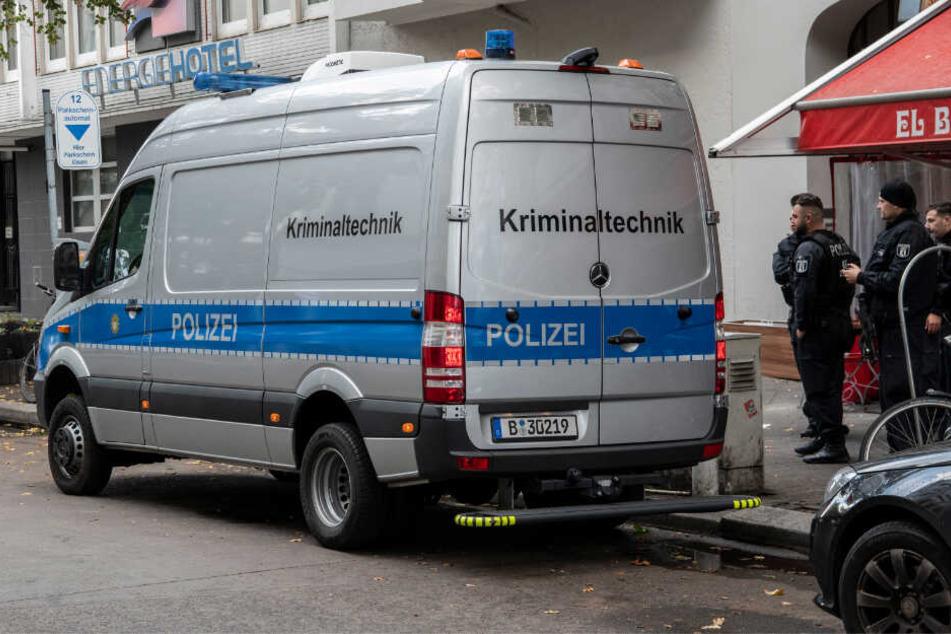 Berlin: Täter nach Schüssen in Berlin weiter flüchtig: Verdacht auf Clan-Kriminalität
