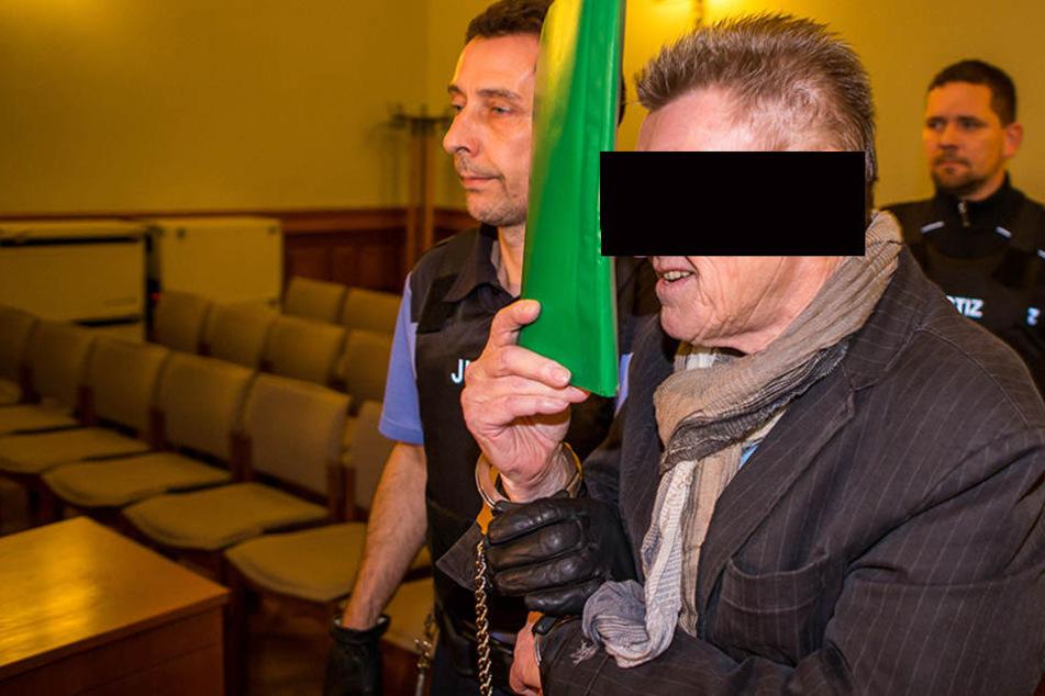 Redete viel und sagte dabei wenig: Wilfried Sch. (69), wegen Betruges angeklagter Finanzberater.