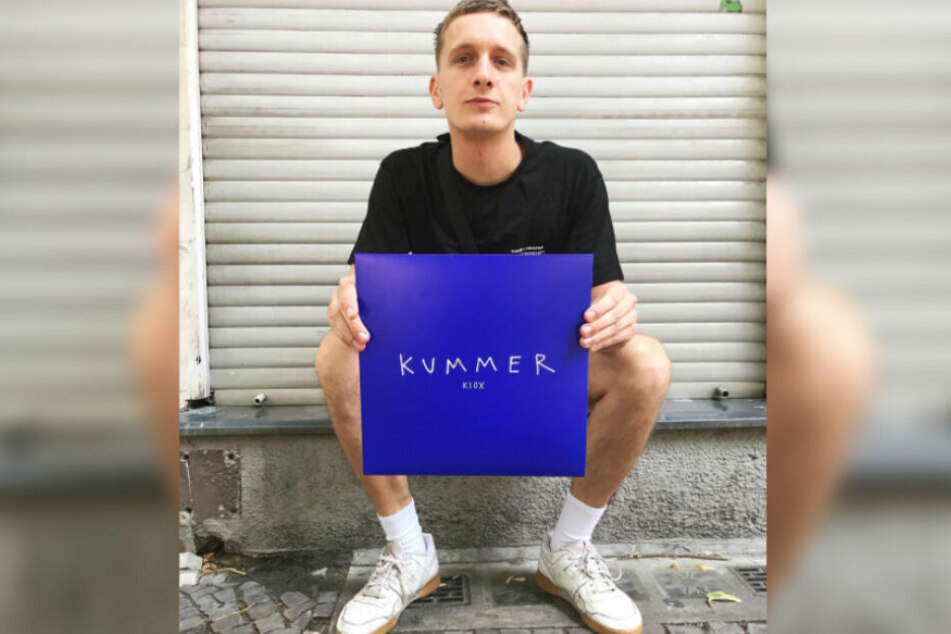Felix Kummer (30) mit seinem neuen Album, das am 11. Oktober erscheint.
