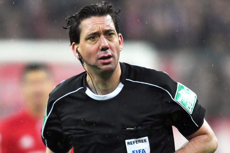 Schiedsrichter Manuel Gräfe musste sich viel Kritik anhören.