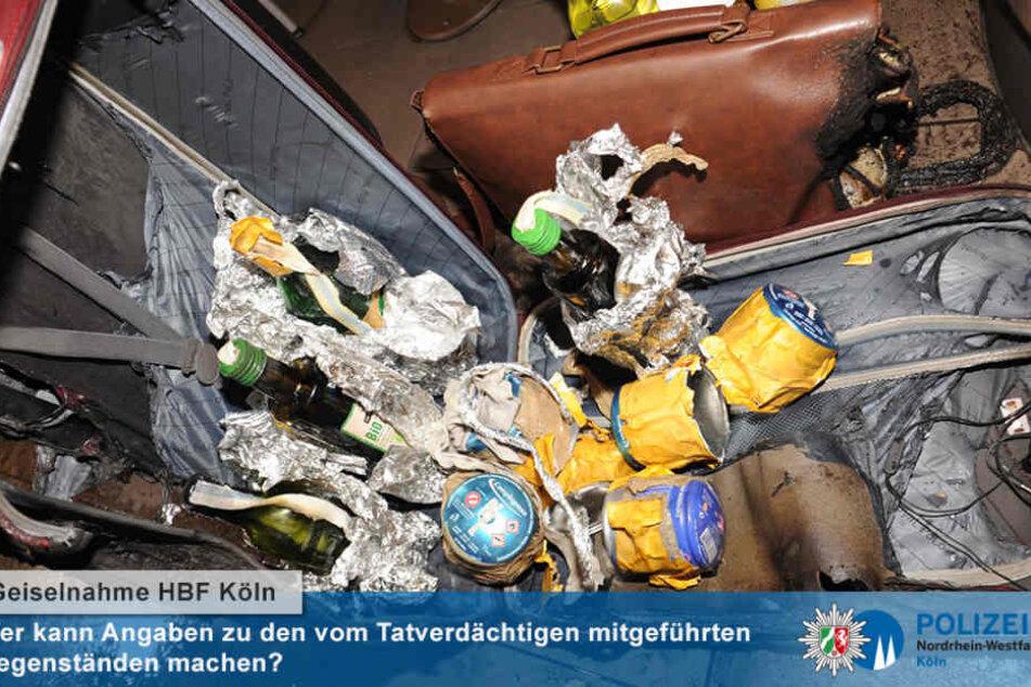 Der Täter hatte Gaskartuschen und Molotowcocktails dabei.