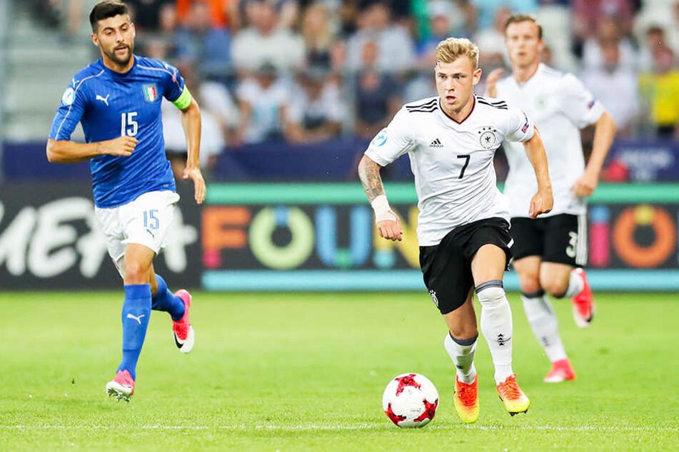 Absolvierte 55 Junioren-Länderspiele: Max Meyer (r.).