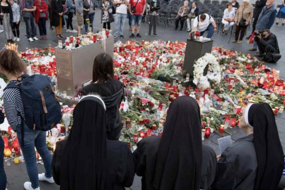 Am Montag fand ein Gottesdienst für die Opfer der Bluttat statt.