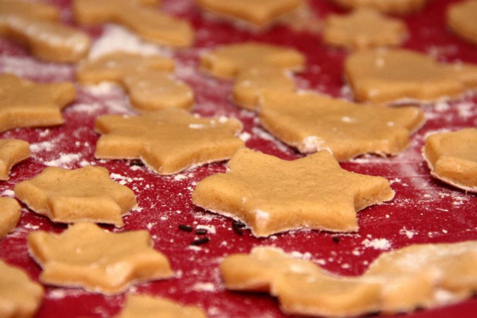 Die Weihnachtsbäckerei in Ulla lädt ein.