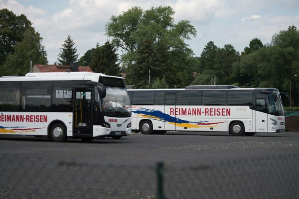 Am Dienstag wurden der Firmensitz des Busunternehmens in Löbau durchsucht.