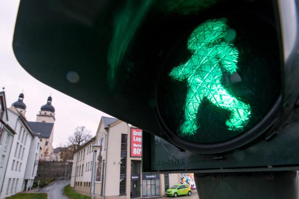 """""""Vater und Sohn"""" machen den Straßenverkehr sicherer"""