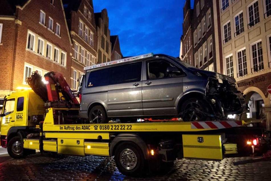 Mit diesem Auto war ein Mann in Münster in eine Menschenmasse gerast.