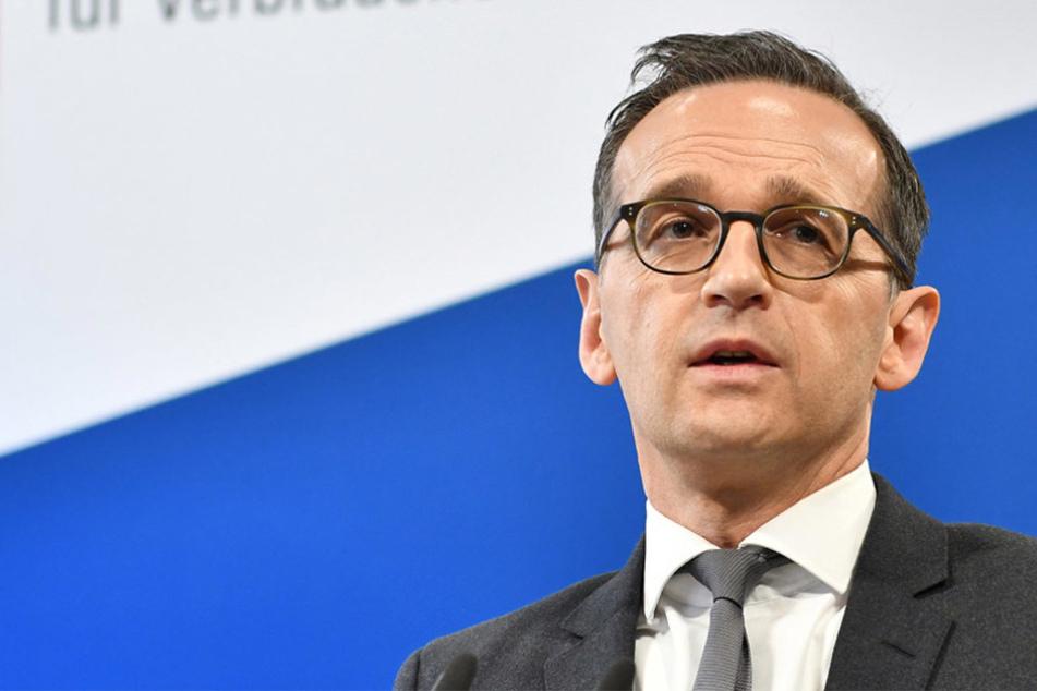 Heiko Maas (50, SPD) will mittels einer Gesetzesänderung der NPD die Gelder streichen.