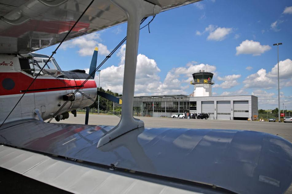 In einem neuen Hangar auf dem Landeplatz in Jahnsdorf können sechs Flugzeuge untergestellt werden. (Archivbild)