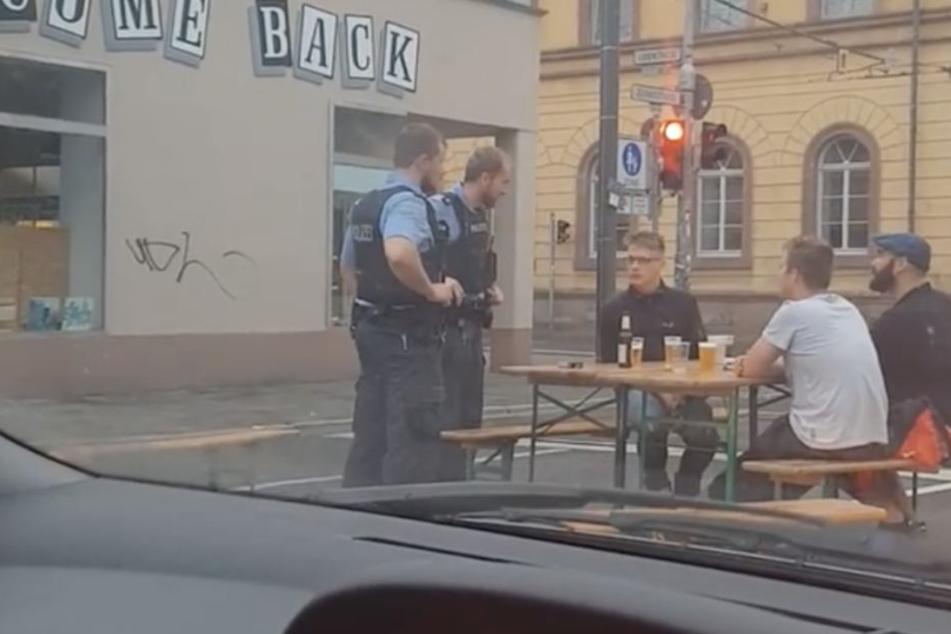 "Kurioses Twitter-Video: Bier-Fans feiern irres ""Straßenfest"""